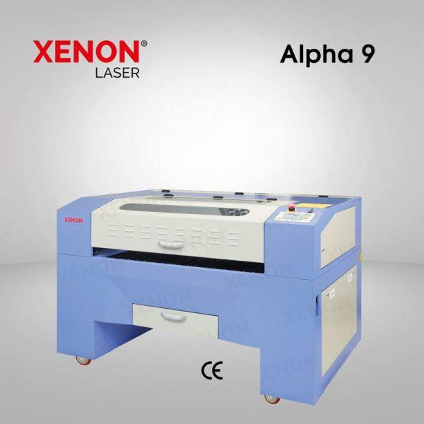 Alpha 9 lazer kesim makinası yandan görünüm
